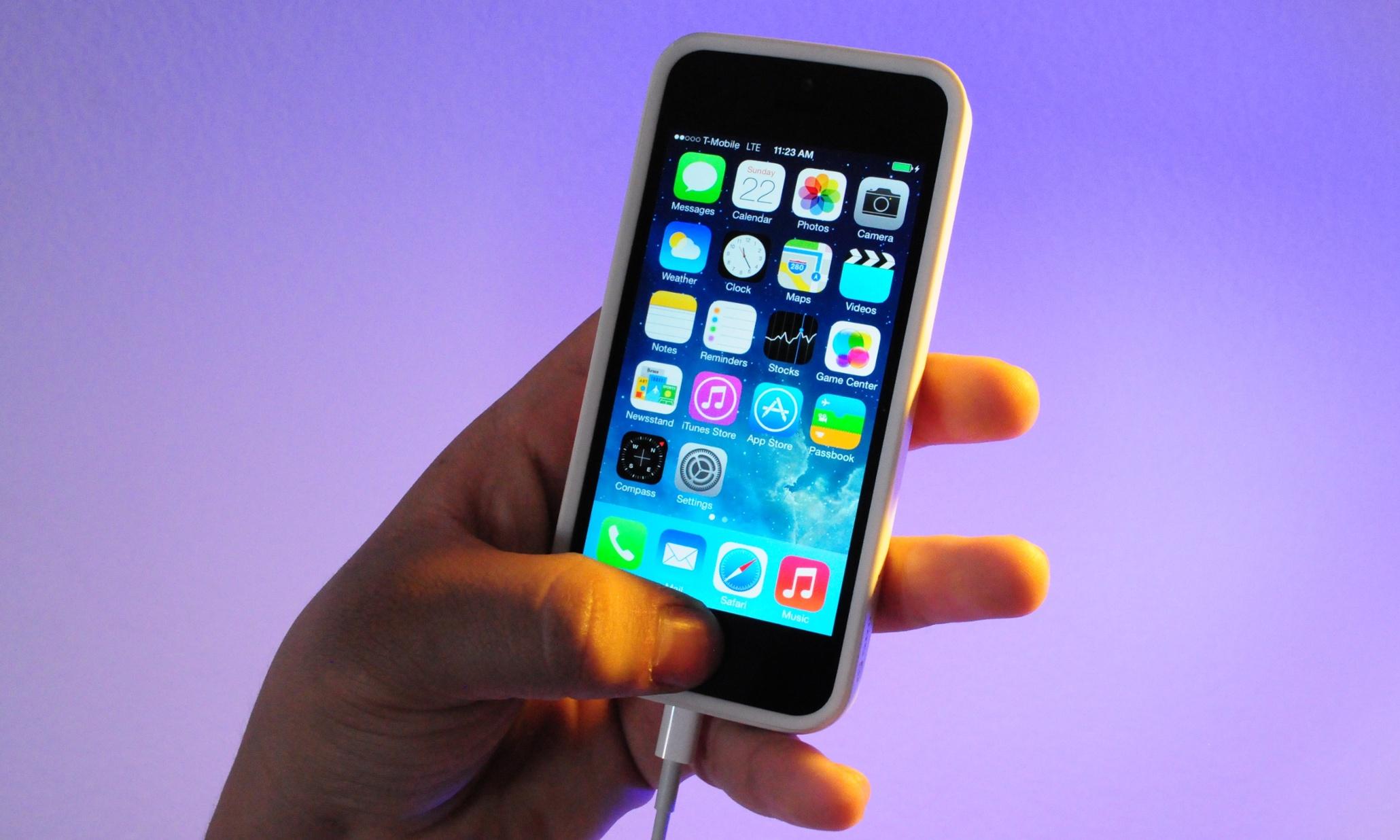 Best Smartphone For International Business Travel