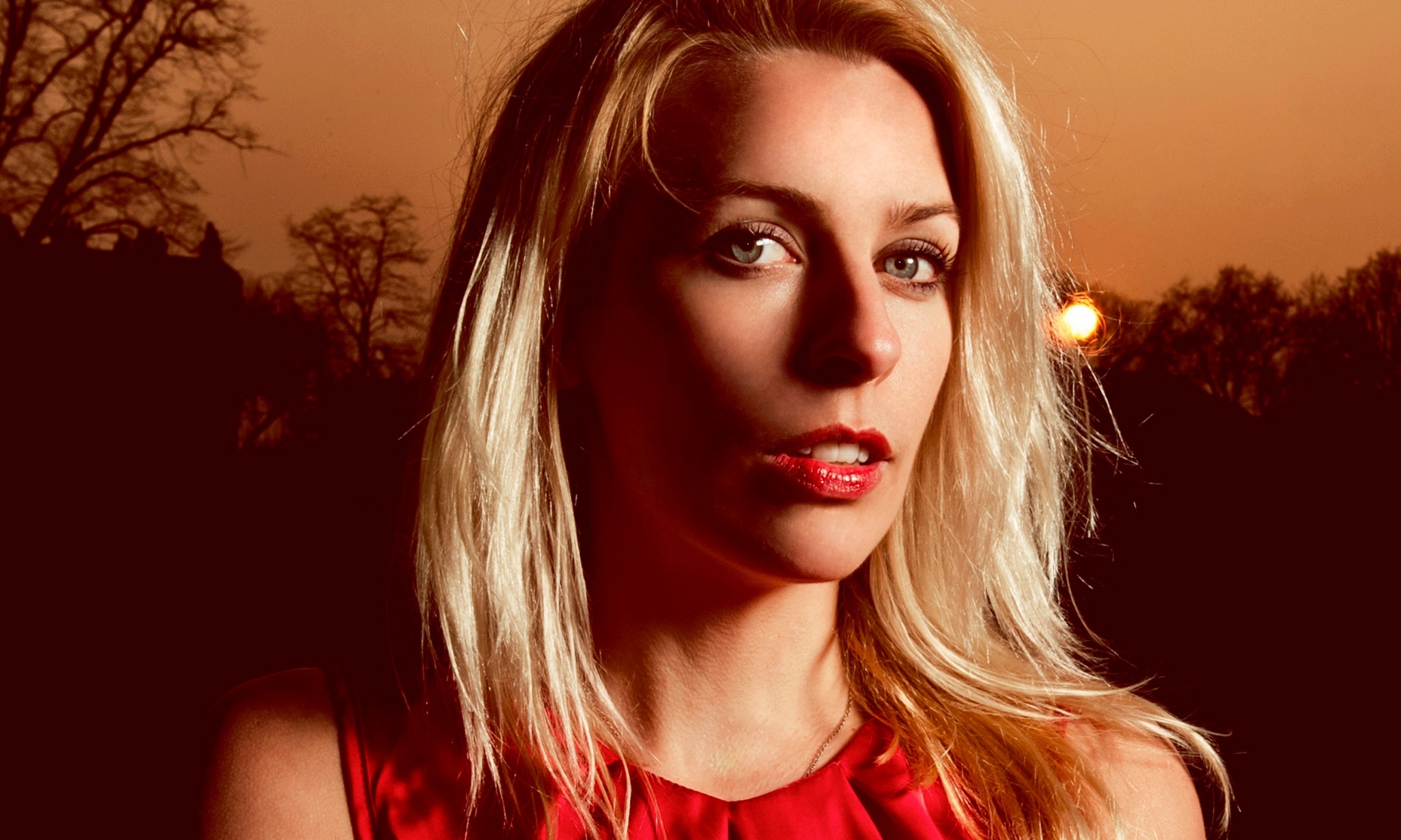 Sara Pascoe Answers Your Questions Stage The Guardian