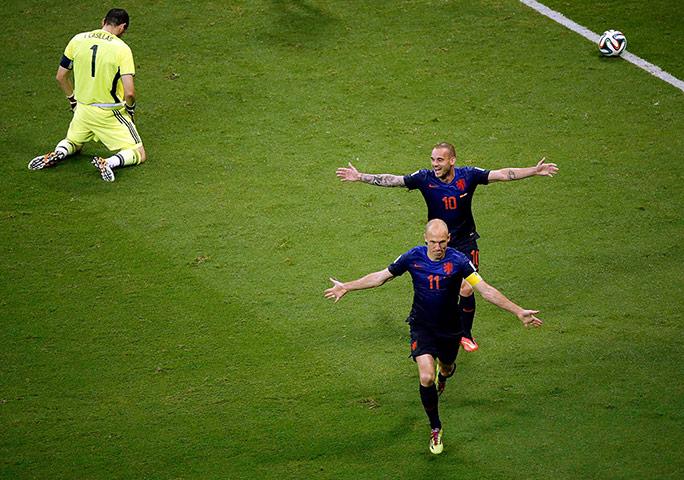 Robben-and-Sneijder-003.jpg