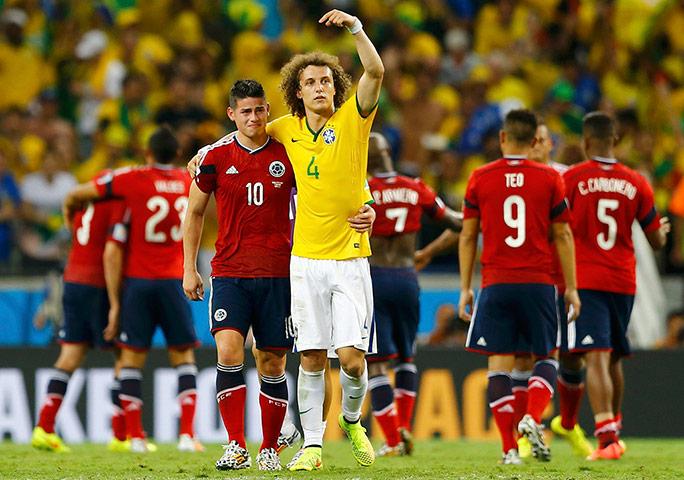 Brazils-Luiz-gestures-at--002.jpg