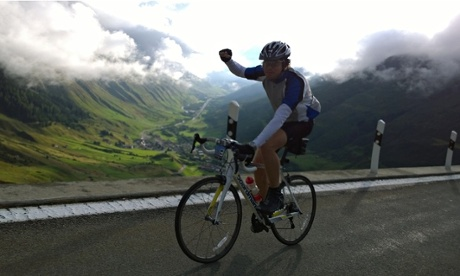 Haute Route Day 6 - Peter Kimpton climbs up the Furkapass out of Andermatt