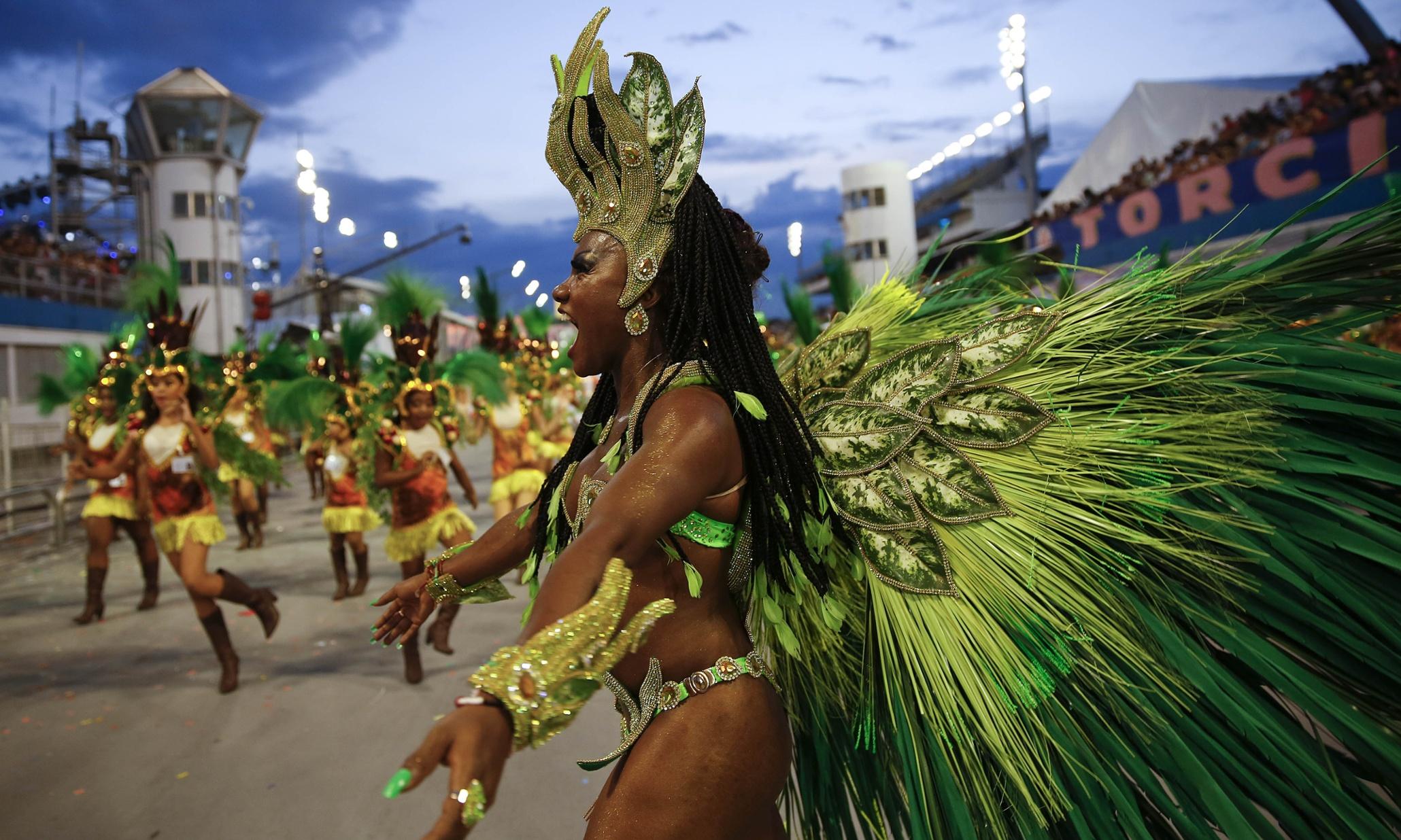 насилует фестиваль трансвеститов в бразилии надо набраться сил