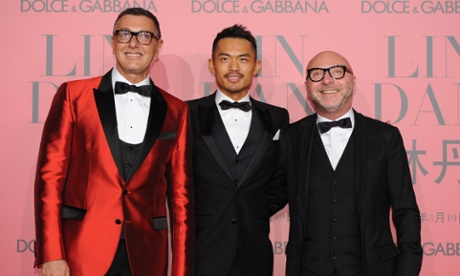 The pair with Chinese badminton player Lin Dan at a Dolce & Gabbana party in Shanghai this month as part of the global promotion of a brand with revenues of €759m last year.