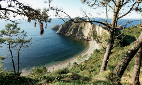 The Playa del Silencio, also known as The Gavieru, is located in the municipality of Cudillero, Asturias, Spain.