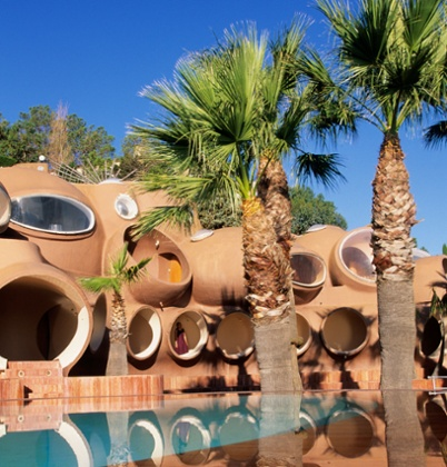 Palais Bulles by architect Antti Lovag, Pierre Cardin's residence