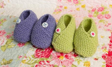 Guardian Knitting Pattern Baby Shoes