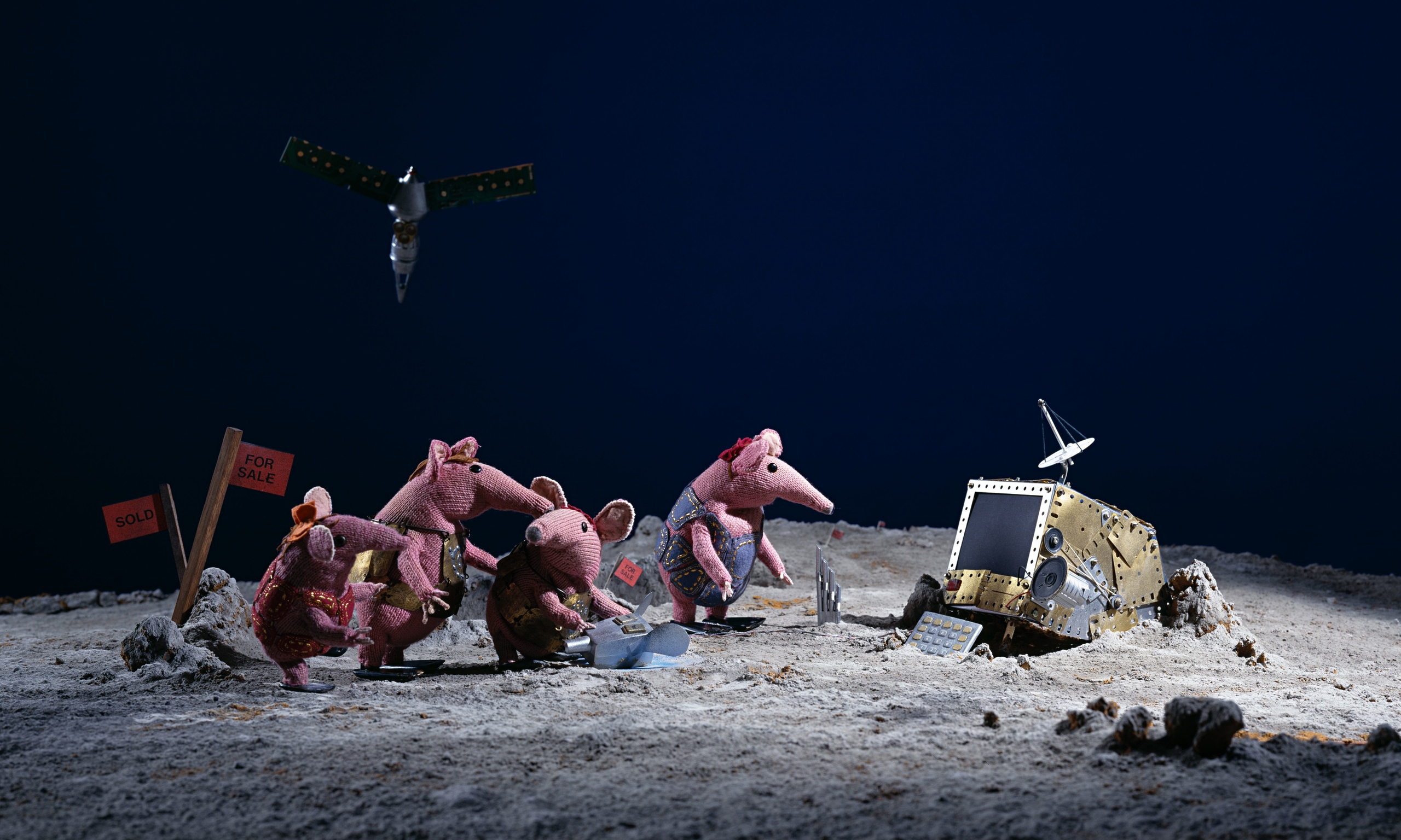 https://static.guim.co.uk/sys-images/Media/Pix/gallery/2014/9/8/1410169844912/Clangers-014.jpg