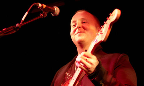 James McCartney performing live at The Hoxton Bar & Kitchen