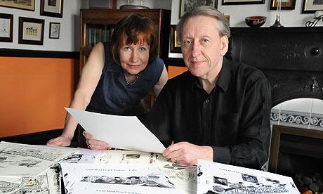 Bryan and Mary Talbot 008 - Dotter of her father's eyes: l'affascinante ricerca dei perchè nella malattia psicologica