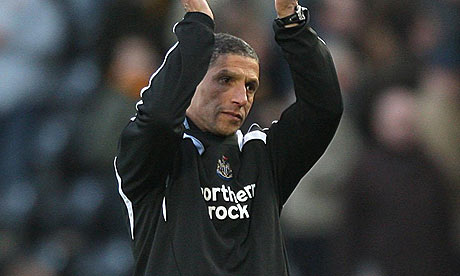 Hughton - Working without complaint