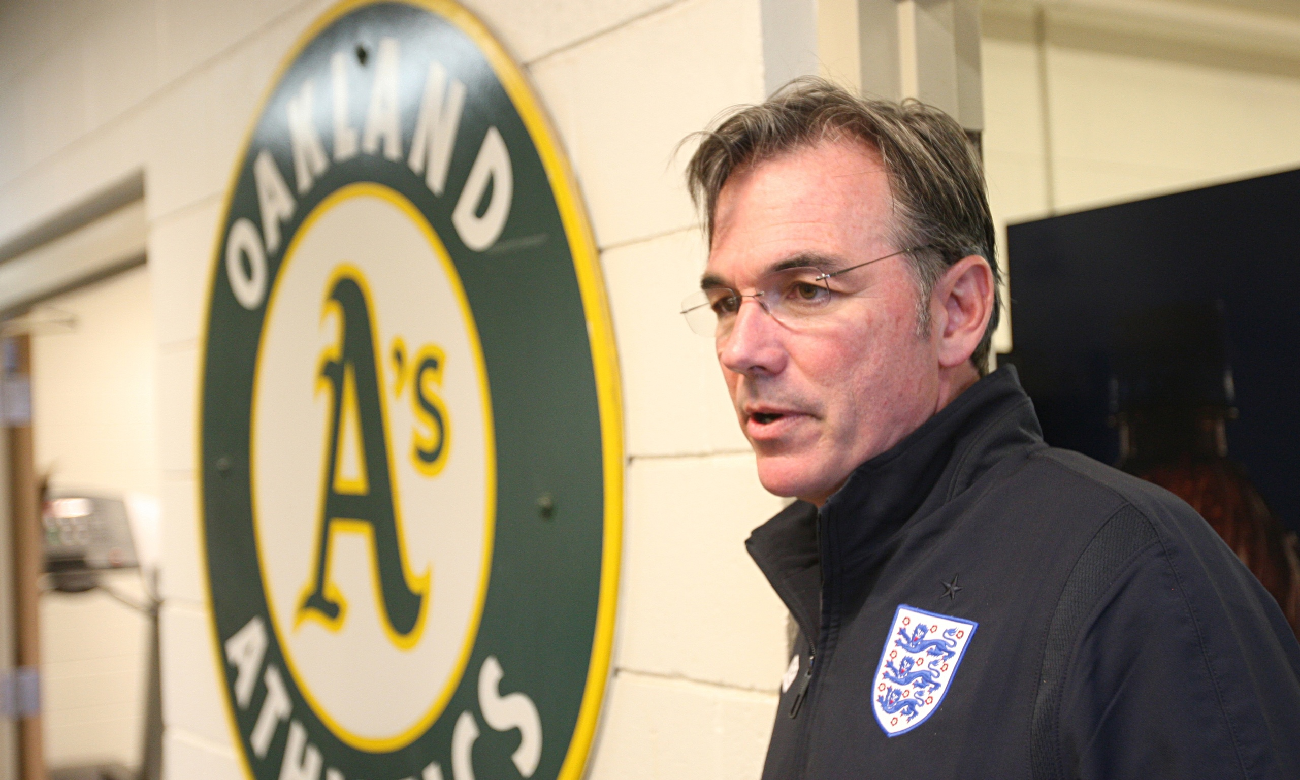 "billy beane case 1 based on the ""billy beane: changing the game"" case, explain how and why the oakland a's economic situation after 1995 shaped its: a) compensation strategies."