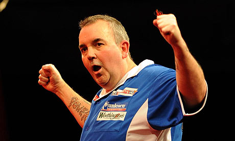 Phil Taylor strolls into final meeting with Simon Whitlock | Sport | The ...