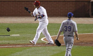 World Series 2011 G7 - Molina walks
