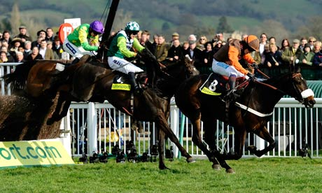 Long Run wins the Gold Cup