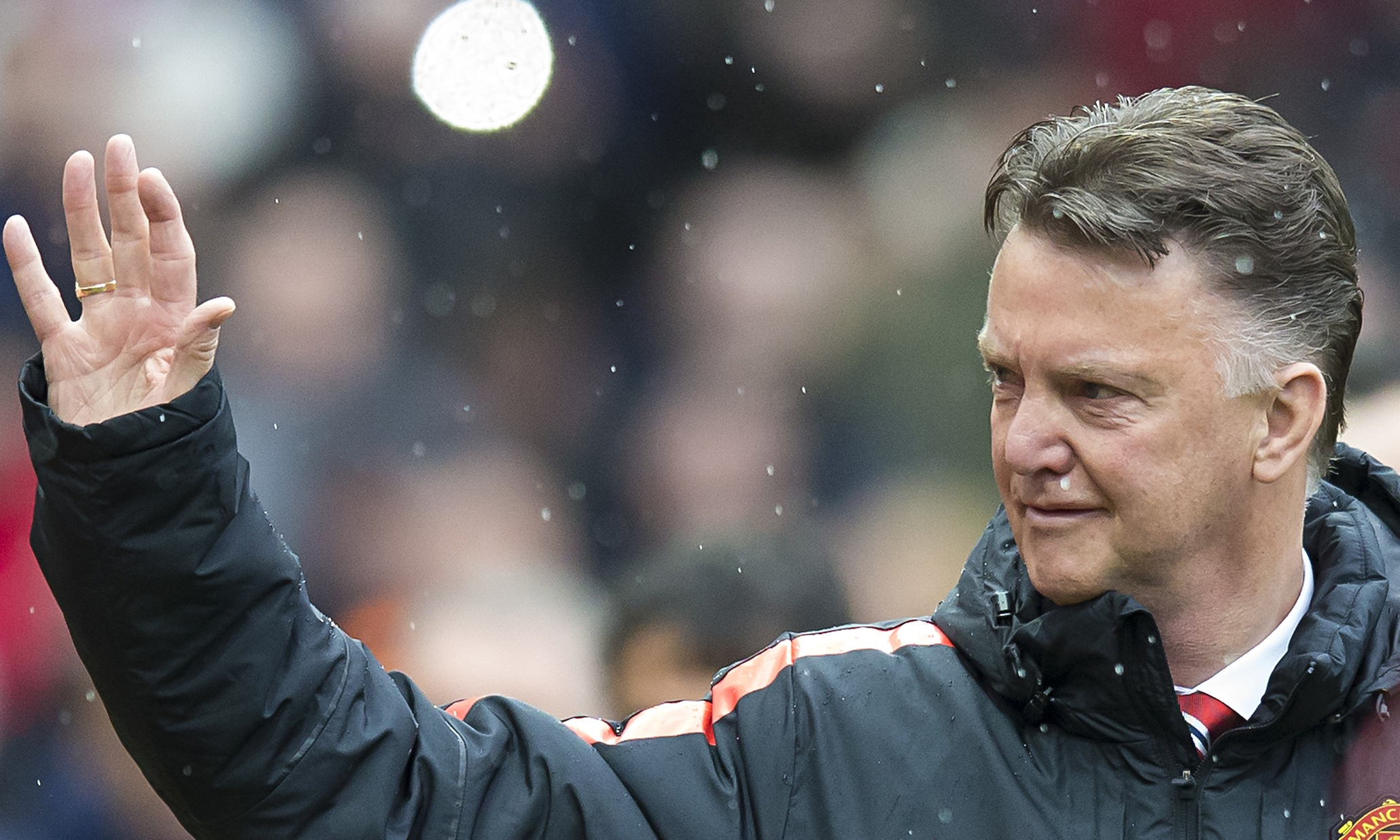 Manchester United Fan Presents Louis Van Gaal With Summer