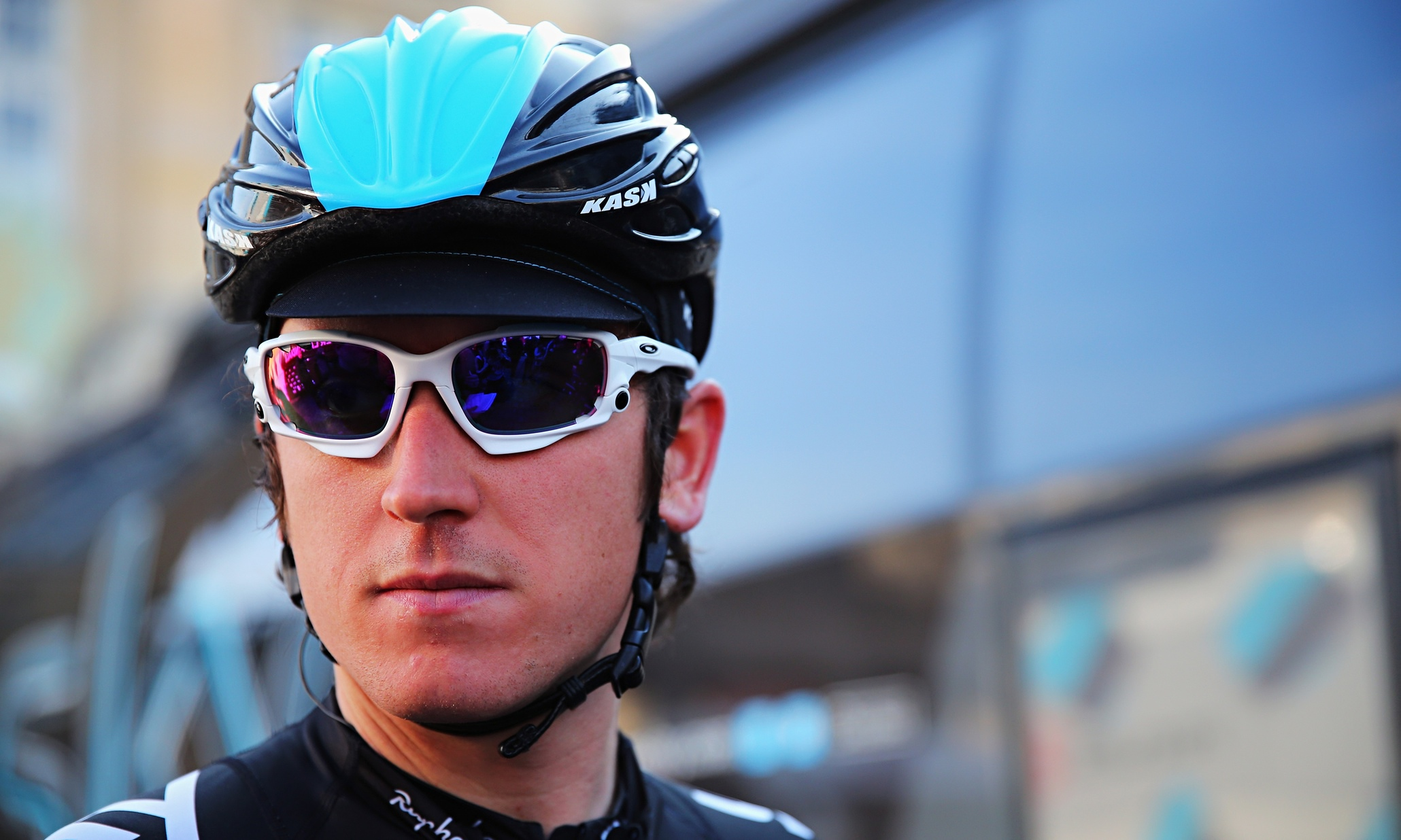 Geraint Thomas earned a  million dollar salary, leaving the net worth at 0.2 million in 2017