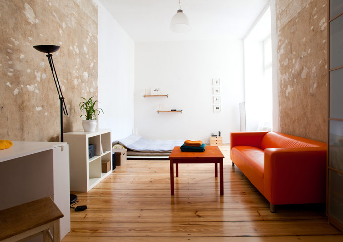airbnb fabulous apartments from 53 a night in pictures travel the guardian. Black Bedroom Furniture Sets. Home Design Ideas