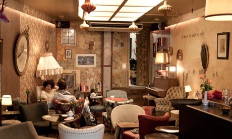 10 of the best pubs and bars in amsterdam tripulous for Living room cafe bar gallery