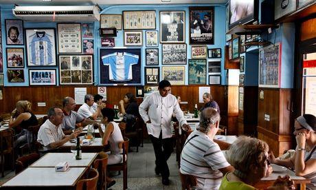 El Cuartito restaurant, Buenos Aires, Argentina